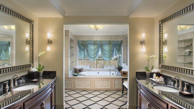 Presidential Suite Master Bath