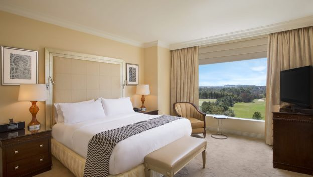 Waldorf Suite bed room with a view