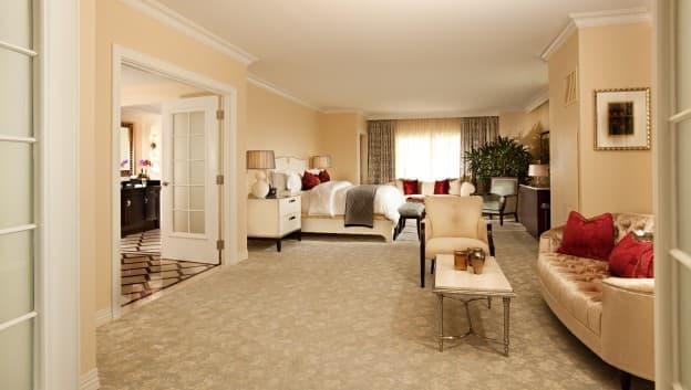 Orlando luxury presidential suites waldorf astoria orlando for Presidential suite waldorf astoria