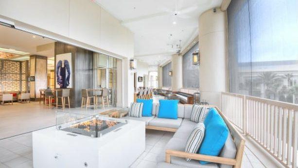 Myth Bar lounge