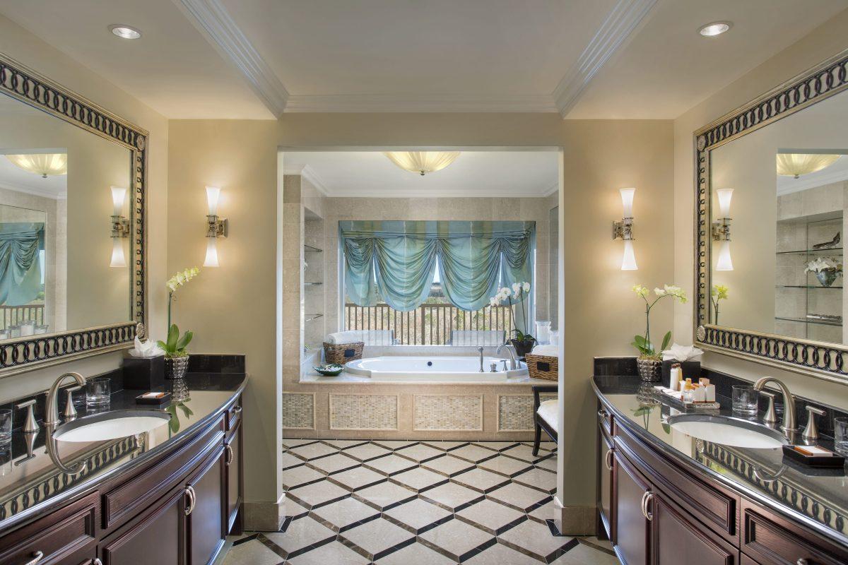 Guest room photos waldorf astoria orlando for Waldorf astoria new york presidential suite