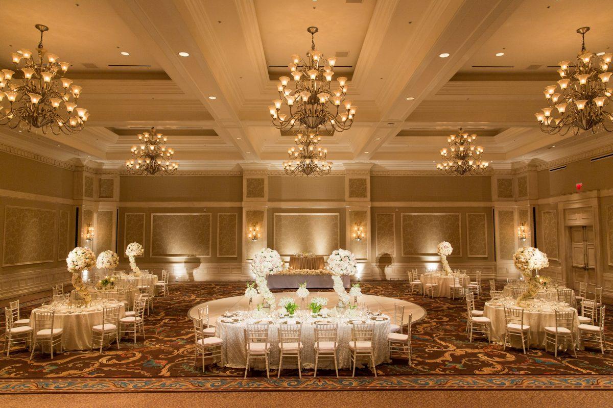 Wedding venues reception halls waldorf astoria orlando the exquisite grand ballroom at waldorf astoria orlando arubaitofo Choice Image