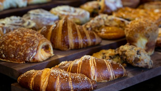Croissant Bar
